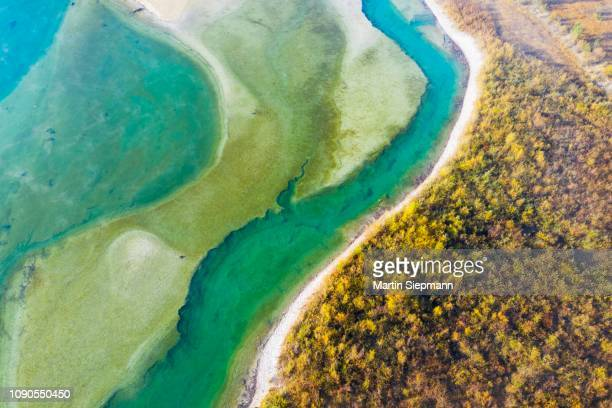 isar, at the inflow into the sylvenstein lake, sylvenstein reservoir, drone image, lenggries, isarwinkel, upper bavaria, bavaria, germany - fiume isar foto e immagini stock