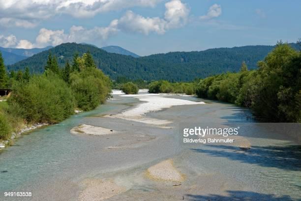 isar, isar nature trail, kruen, mittenwald, upper bavaria, bavaria, germany - krün stock-fotos und bilder