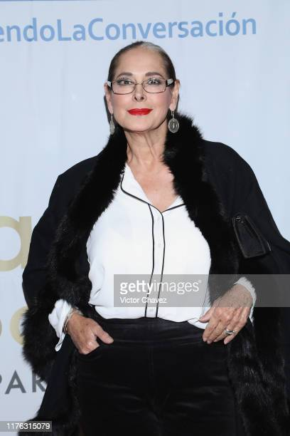 Isaura Espinoza attends the Todo Para La Mujer 30th Anniversary Red Carpet at Live Aqua hotel on October 16 2019 in Mexico City Mexico