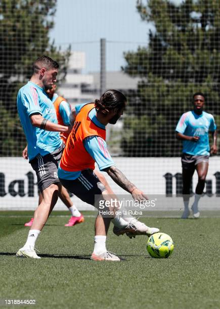 Isco Alarcón and Federico Valverde both of Real Madrid are training at Valdebebas training ground on May 19, 2021 in Madrid, Spain.