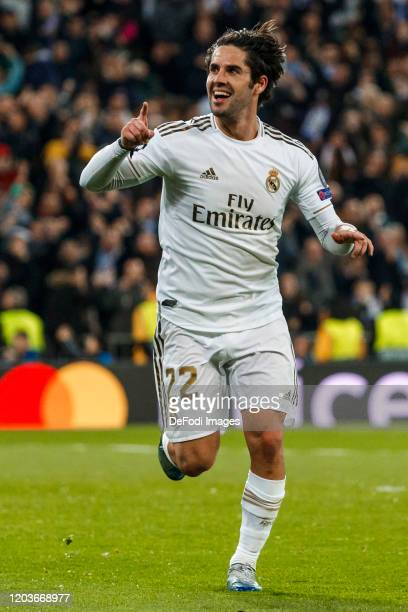 Isco Alarcon of Real Madrid celebrates after scoring his team`s first goal during the UEFA Champions League round of 16 first leg match between Real...