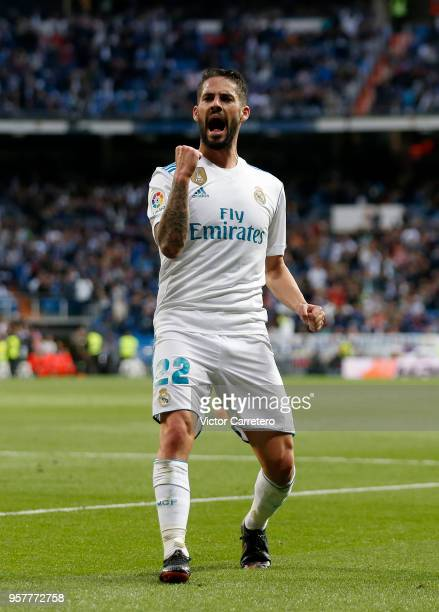 Isco Alarcon of Real Madrid celebrates after scoring his team's third goal during the La Liga match between Real Madrid and Celta de Vigo at Estadio...
