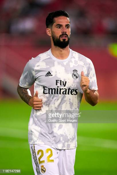 Isco Alarcon of Real Madrid CF during the prematch warm up prior to the Liga match between RCD Mallorca and Real Madrid CF at Iberostar Estadi on...