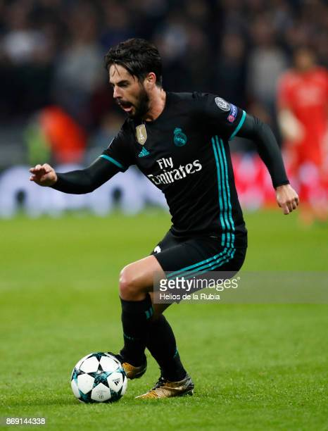NOVEMBER Isco Alarcon of Real Madrid cf in action during the UEFA Champions League group H match between Tottenham Hotspur and Real Madrid at Wembley...
