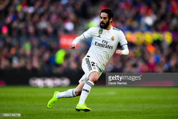 Isco Alarcon of Real Madrid CF looks on during the La Liga match between FC Barcelona and Real Madrid CF at Camp Nou on October 28 2018 in Barcelona...