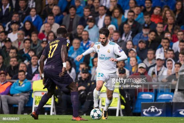 Isco Alarcon of Real Madrid fights for the ball with Moussa Sissoko of Tottenham Hotspur FC during the UEFA Champions League 201718 match between...
