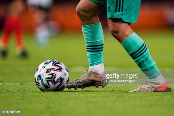 Isco Alarcon of Real Madrid runs with the ball wearing the adidas NEMEZIZ boot during the Supercopa de Espana Semi-Final match between Valencia CF...