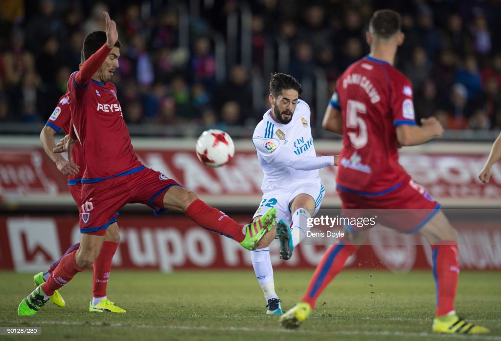 Isco Alarcon of Real Madrid shoots at goal during the Copa del Rey match between Numancia and Real Madrid at Nuevo Estadio Los Pajarito on January 4, 2018 in Soria, Spain.