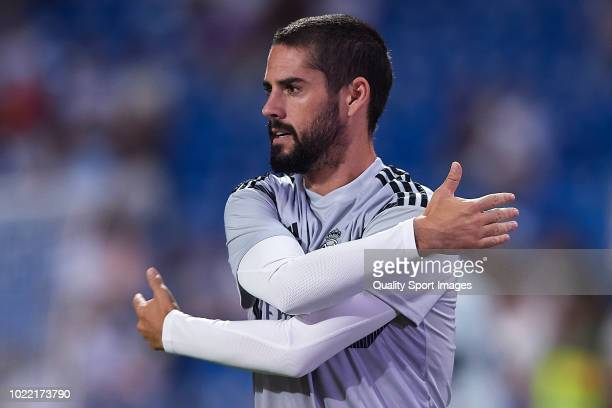 Isco Alarcon of Real Madrid warms up prior to the La Liga match between Real Madrid CF and Getafe CF at Estadio Santiago Bernabeu on August 19 2018...