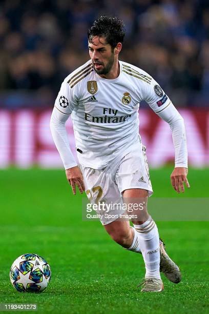 Isco Alarcon of Real Madrid with the ball during the UEFA Champions League group A match between Club Brugge KV and Real Madrid at Jan Breydel...
