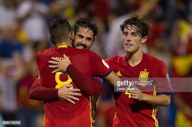 Isco Alarcon of Spain celebrates after scoring Spain's 3rd goal during the FIFA 2018 World Cup Qualifier between Spain and Albania at Estadio Jose...