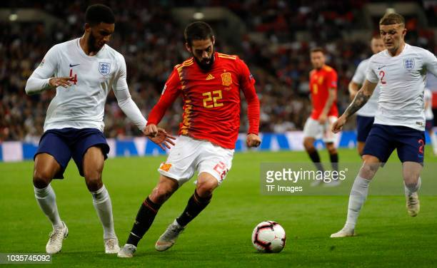 Isco Alarcon of Spain controls the ball during the UEFA Nations League A group four match between England and Spain at Wembley Stadium on September 8...
