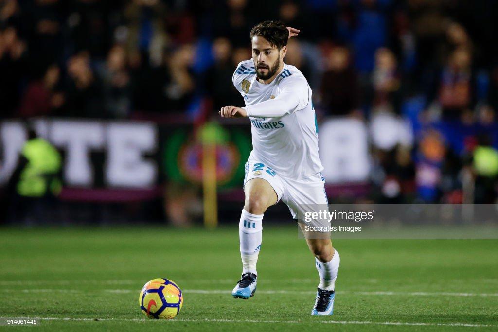 Levante v Real Madrid - La Liga Santander : News Photo