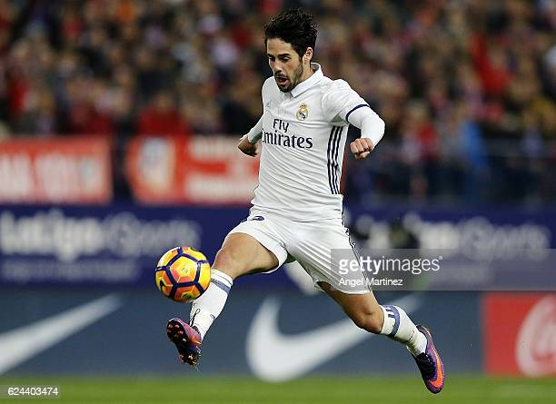 Isco of Real Madrid in action during the La Liga match between Club Atletico de Madrid and Real Madrid CF at Vicente Calderon Stadium on November 19...