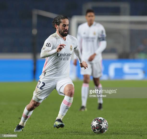 Isco of Real Madrid in action during the UEFA Champions League Round of 16 match between Atalanta and Real Madrid at Gewiss Stadium on February 24,...