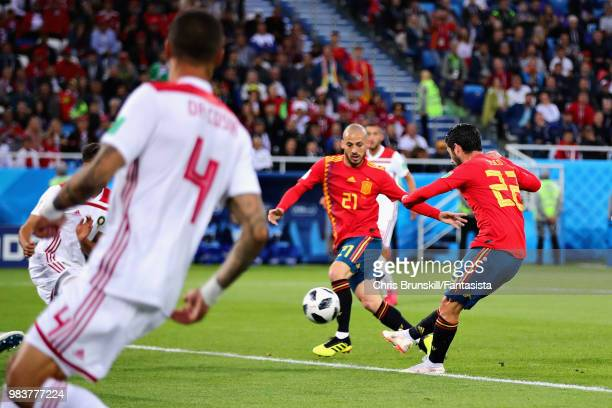 Isco of Spain scores his sides first goal during the 2018 FIFA World Cup Russia group B match between Spain and Morocco at Kaliningrad Stadium on...