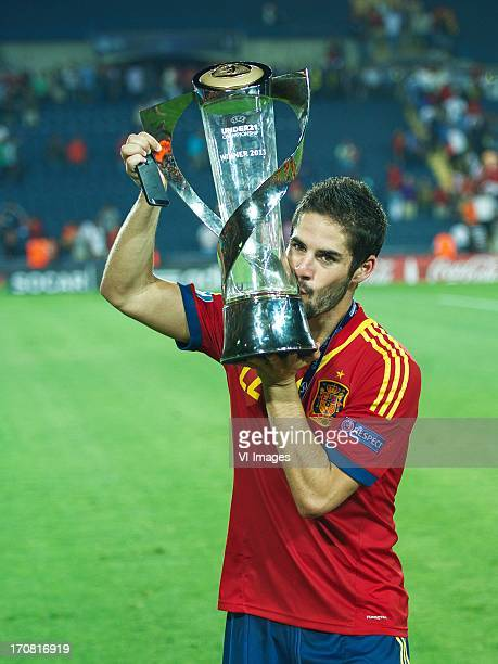 Isco of Spain U21 kisses the trophy during the UEFA Euro U21 final match between Italy U21 and Spain U21 on June 18 2013 at the Teddy stadium in...