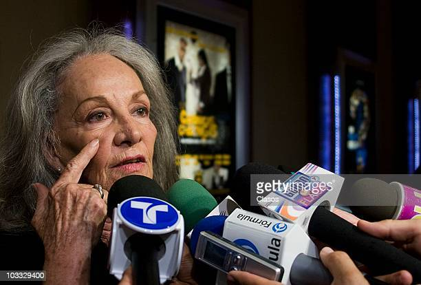 Isela Vega speaks with the press during the premiere of the movie Cronicas Chilangas at Cinemark Reforma 222 on August 9 2010 in Mexico City Mexico