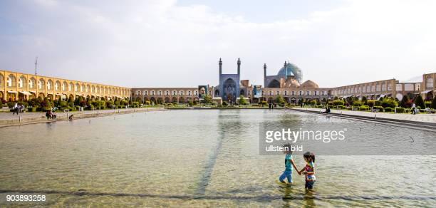 Isfahan Esfahan Iran IRN Islamische Republik Iran Gottesstaat Persien Vorderasien Schiiten Islam Muslime UNESCOWelterbe Seidenstrasse Silk Road...