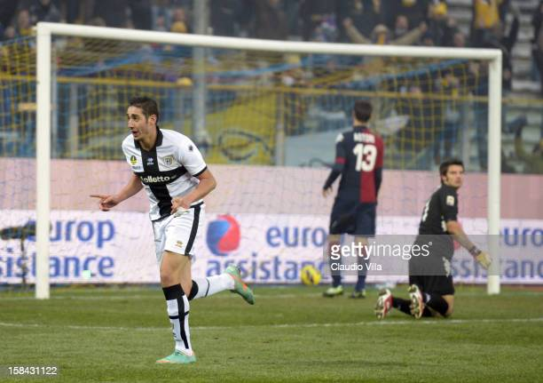 Ishak Belfodil of FC Parma celebrates scoring the fourth goal during the Serie A match between Parma FC and Cagliari Calcio at Stadio Ennio Tardini...