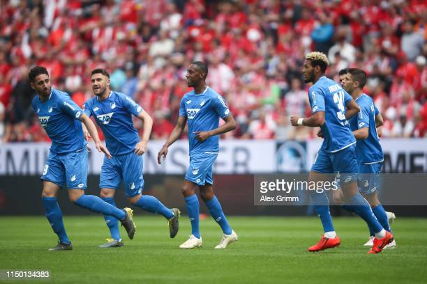 Ishak Belfodil of Hoffenheim celebrates his team's first goal with team mates during the Bundesliga match between 1 FSV Mainz 05 and TSG 1899...