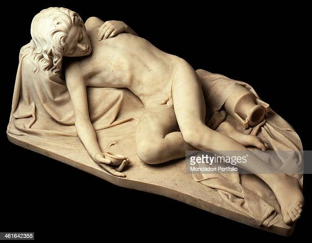Ishmael abandoned in the desert by Giovanni Strazza 19th Century round in Carrara marble Italy Lombardy Milan Modern Art Gallery Whole artwork view...