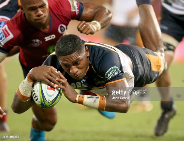 Isi Naisarani of the Brumbies scores a try during round two of the Super Rugby match between the Reds and the Brumbies at Suncorp Stadium on March 2...