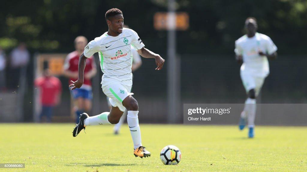 SV Werder Bremen II v SpVgg Unterhaching - 3. Liga : Nieuwsfoto's