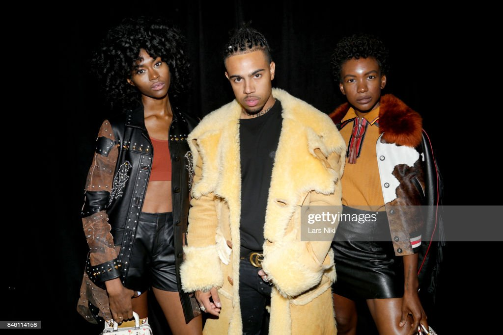 Coach Spring 2018 Runway Show NYFW - Backstage : News Photo