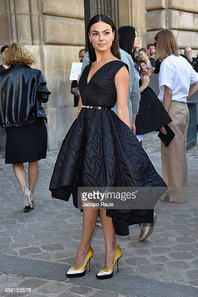 Isis Valverde arrives at Dior Fashion Show during Paris Fashion Week Womenswear SS 2015 on September 26 2014 in Paris France