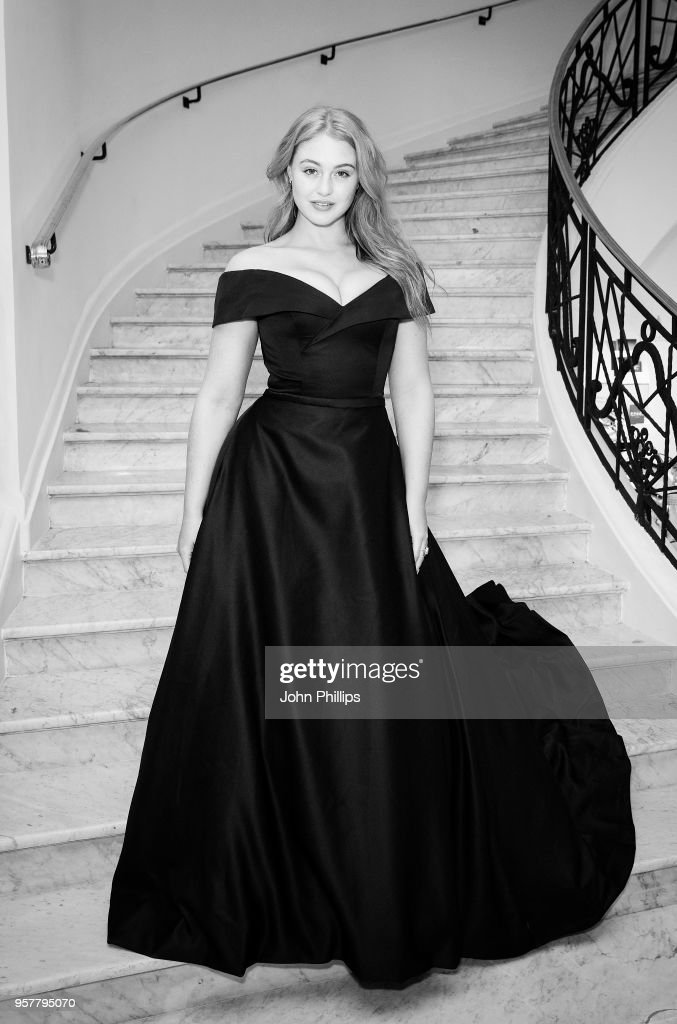 Iskra Lawrence departs the Martinez Hotel during the 71st annual Cannes Film Festival at on May 12, 2018 in Cannes, France.