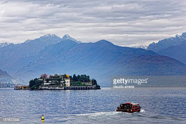 Isla Bella mit Motorboot, Lake Maggiore