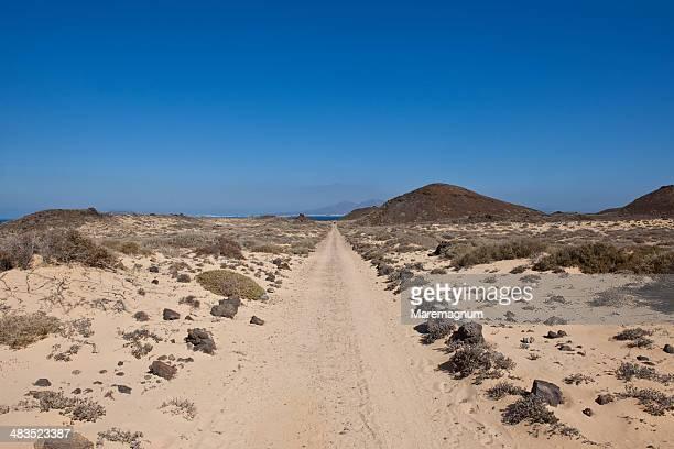 Isla de Lobos, trail near San Martino Lighthouse