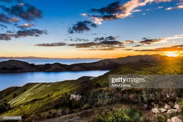 isla del sol sunset - arthur foto e immagini stock