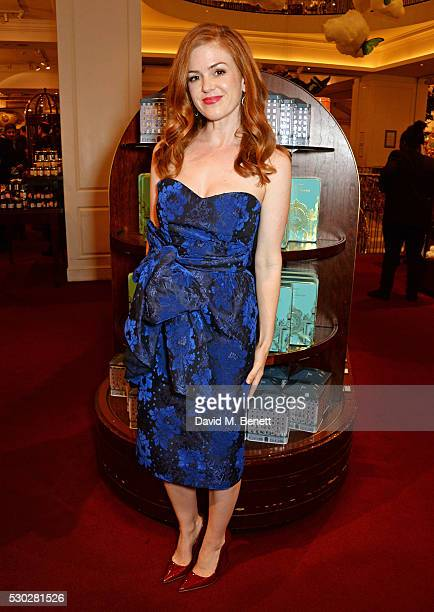 Isla Fisher attends Fortnum Mason's postpremiere party for new release Alice Through the Looking Glass at Fortnum Mason on May 10 2016 in London...