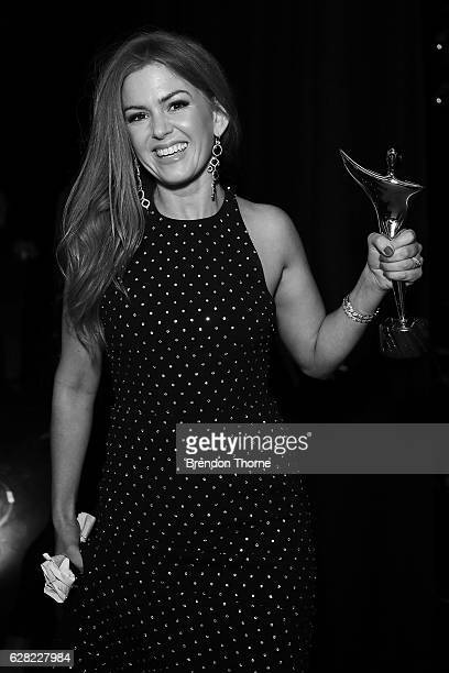 Isla Fisher shows off the Trailblazer Award backstage during the 6th AACTA Awards Presented by Foxtel at The Star on December 7 2016 in Sydney...