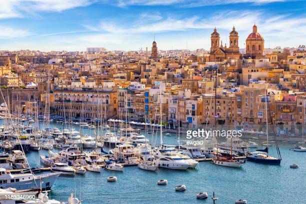 isla in malta with grand harbour marina, mediterranean travel destination - malta stock pictures, royalty-free photos & images