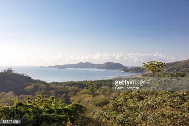 isla tortuga seen from the hills behind playa organos, nicoya peninsula, costa rica - península de nicoya fotografías e imágenes de stock