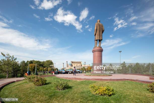 islam karimov statue in samarkand, uzbekistan, 2019 - dictator stock pictures, royalty-free photos & images