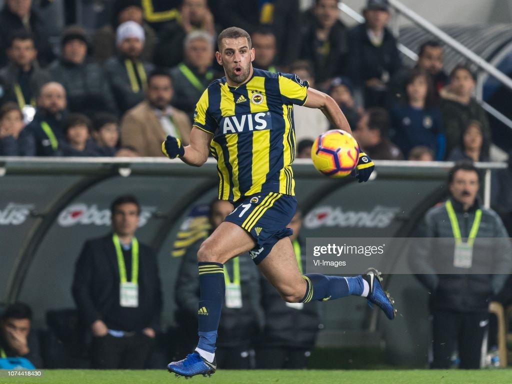 "Turkish Spor Toto Super Lig""Fenerbahce AS v Buyuksehir Belediye Erzurumspor"" : News Photo"