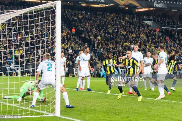 Islam Slimani of Fenerbahce SK scores during the UEFA Europa League round of 32 match between Fenerbahce AS and FK Zenit St Petersburg at the Sukru...