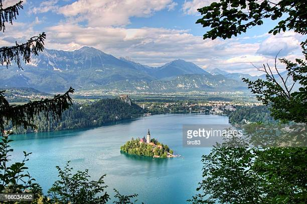 island church on lake bled in slovenia - balkans stock pictures, royalty-free photos & images