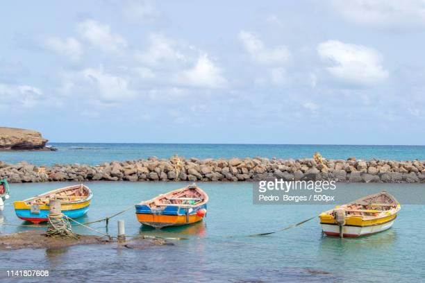 island colors - cabo verde fotografías e imágenes de stock