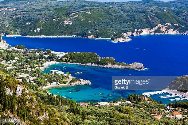 isola di corfù, paleokastritsa - baia foto e immagini stock