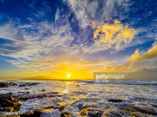 island of maui in hawaii - lanai stock photos and pictures