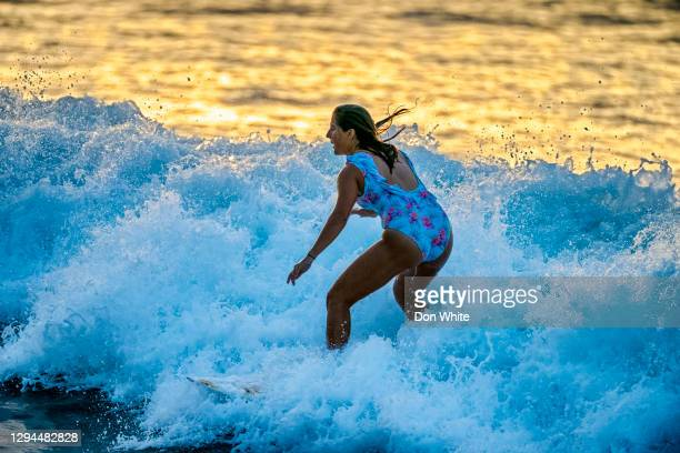 island of oahu in hawaii - category:census-designated_places_in_honolulu_county,_hawaii stock pictures, royalty-free photos & images