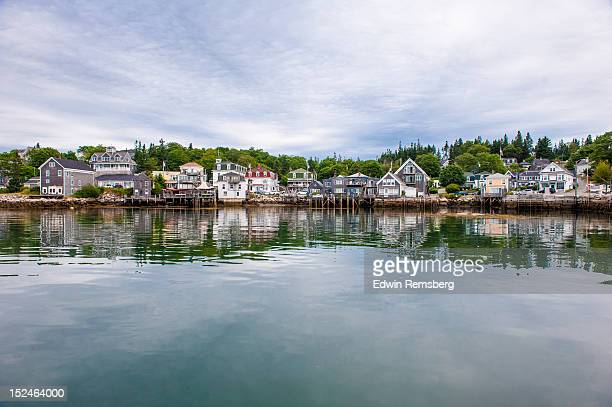 island village - ct stock pictures, royalty-free photos & images