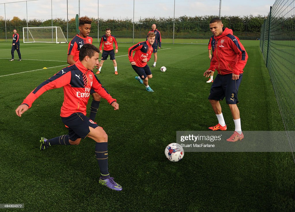 Arsenal Training Session : News Photo