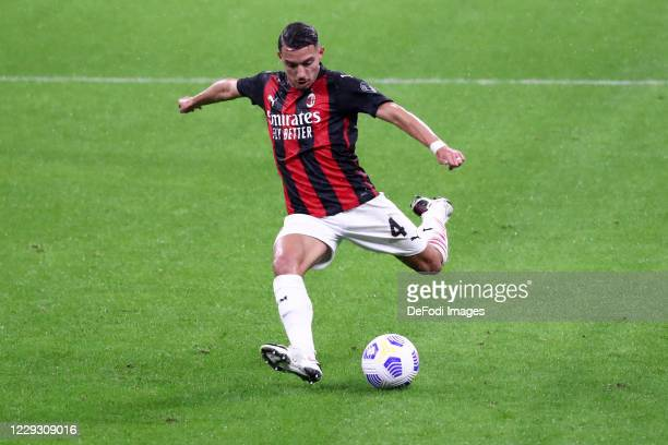 Ismael Bennacer of AC Milan controls the ball during the Serie A match between AC Milan and AS Roma at Stadio Giuseppe Meazza on October 26 2020 in...