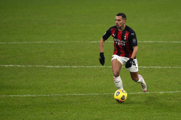 Ismael Bennacer of AC Milan controls the ball during the Serie A match between AC Milan and Parma Calcio at Stadio Giuseppe Meazza on December 13,...